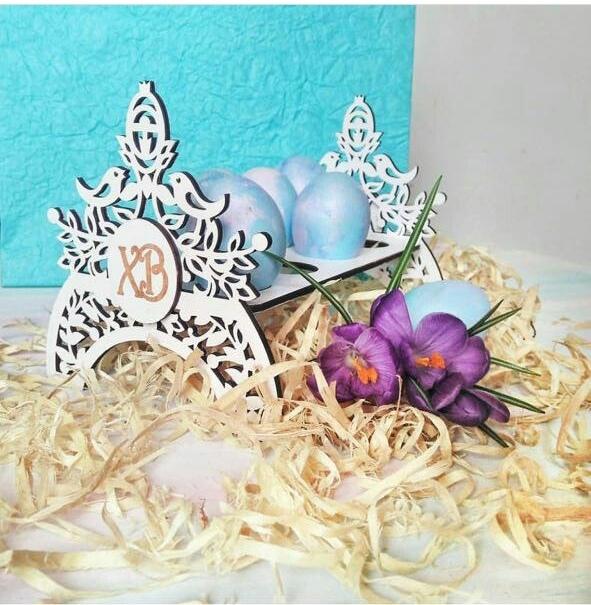 Пасхальное украшения для яичек