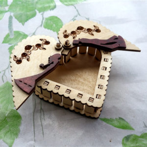 Шкатулка Сердце влюбленная парочка